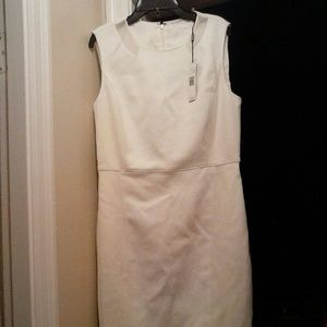 NWT Tahari White Dress Knee-high, or longer 8